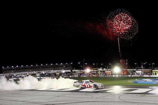 Denny Hamlin Wins the Advocare 500 at Atlanta